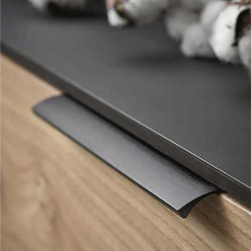 Ручка EDGE Straight 350х40,9х18мм, м/о 2/160мм, черный браш